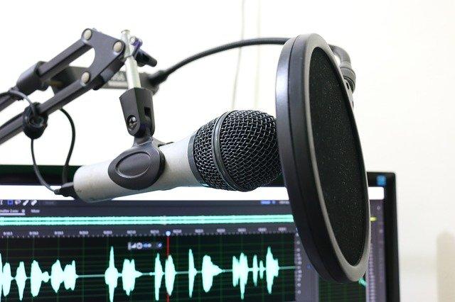 Oral history digital. Audiomining und andere Sprachtechnologien zur (Sekundär)Analyse biographischer Interviews. Forschungsstand und Perspektiven